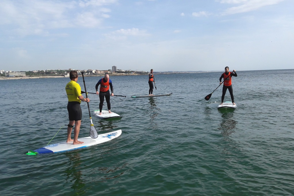 Surfaventura aula de stand-up-paddle